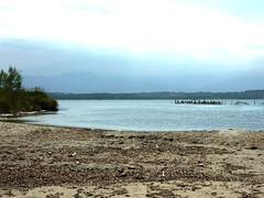 L'étang d'Urbinu à l'embouchure avec les pêcheries