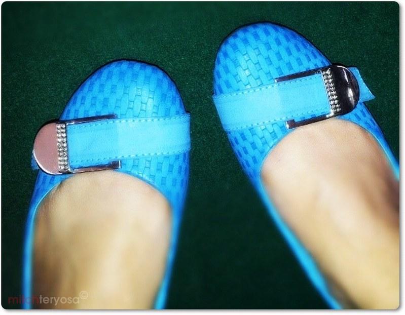 Blue pair