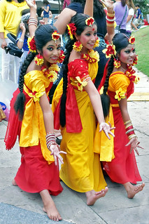 Bangladeshi Dance Girls Pose, Dallas Asian Festival