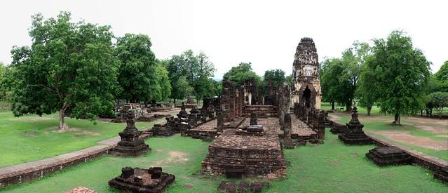 Wat Phra Phau Luang