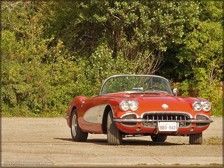 P1270143_classic_corvette