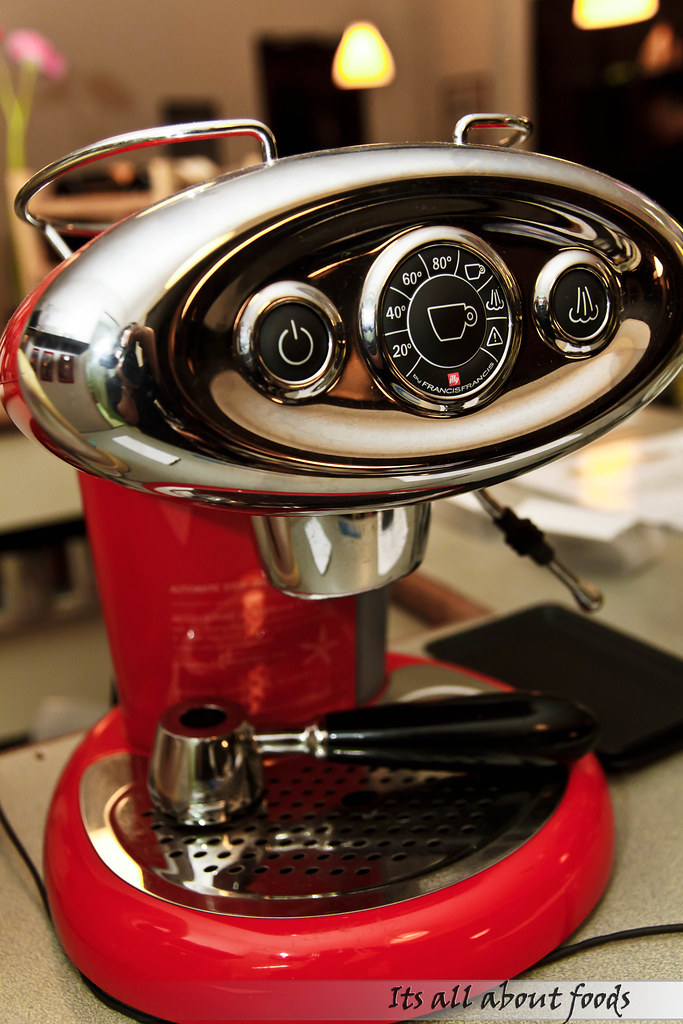 croisette-cafe-coffee-machine
