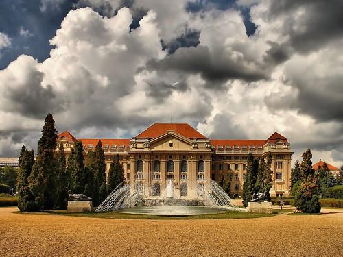 university hungary favor debrecen magyarország lajos egyetem kossuth tudományegyetem favorphoto kossuthlajostudományegyetem