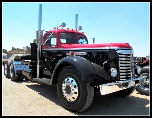 Antique Gmc Tractors : Vintage gmc big rig flickr photo sharing
