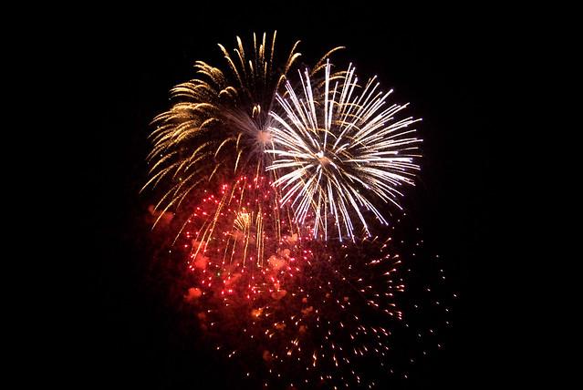 051112_ fireworks no3