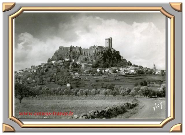 Le village de Polignac et ruines du château (XIVe - siècle) -70-150
