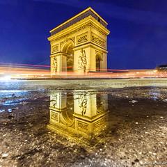 Upside town golden Arche