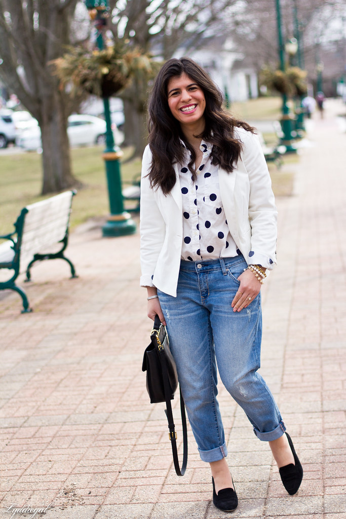 polka dot shirt, white blazer, boyfriend denim.jpg