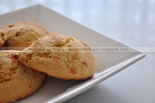 Apple cheese scones