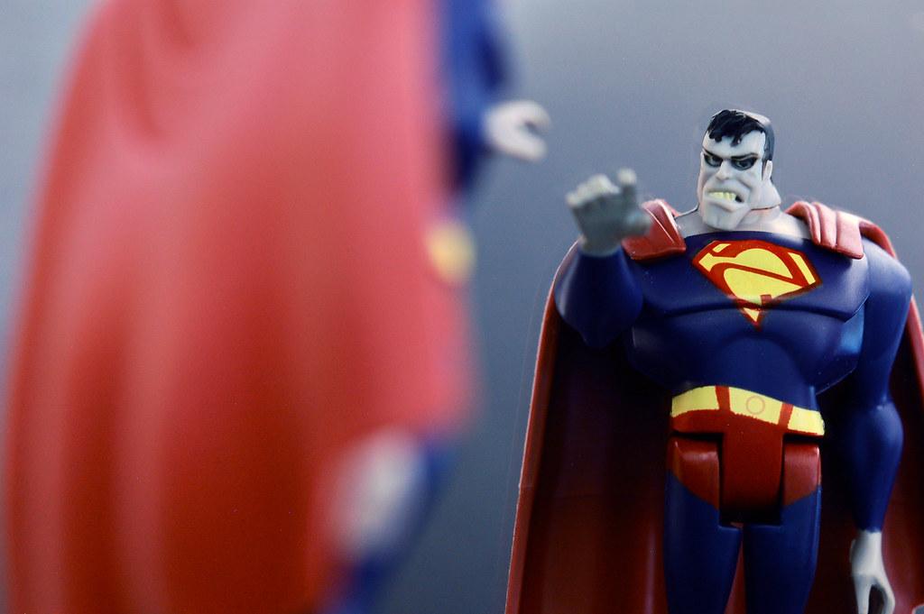 uɐɯɹǝdns oɹɹɐzıq | bizarro superman