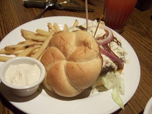Le Grand Bleu Burger