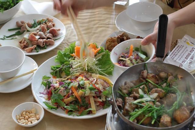 Chả cá 171 Thái Hà, sạch dã man, nhìn đã thấy ngon rồi