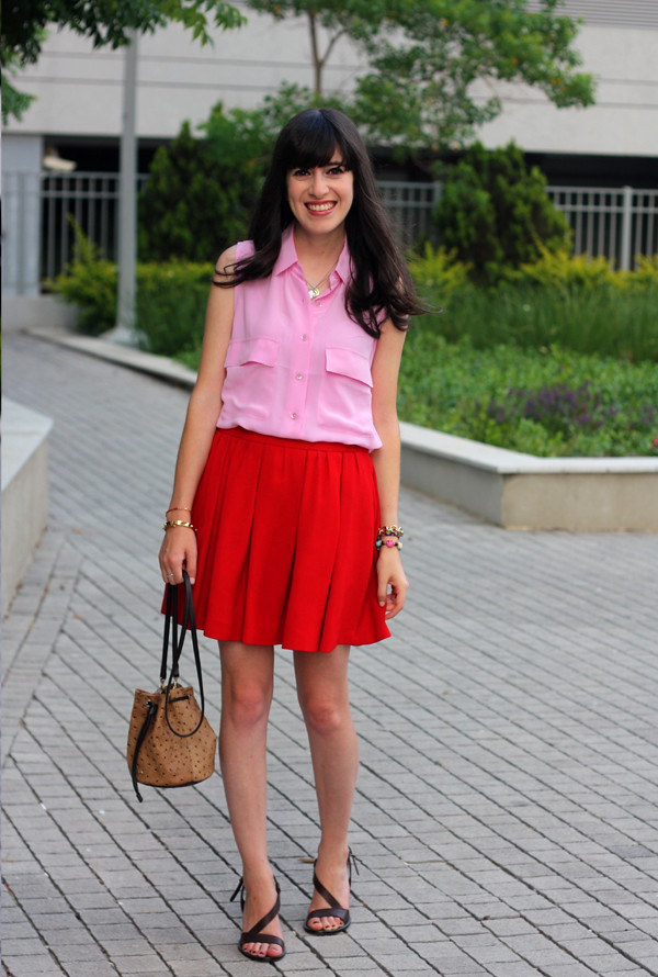 pink_equipment_blouse_red_skirt1