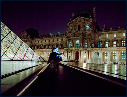 louvre by night by hans van egdom