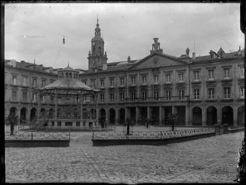 Casa Consistorial en la Plaza de España.