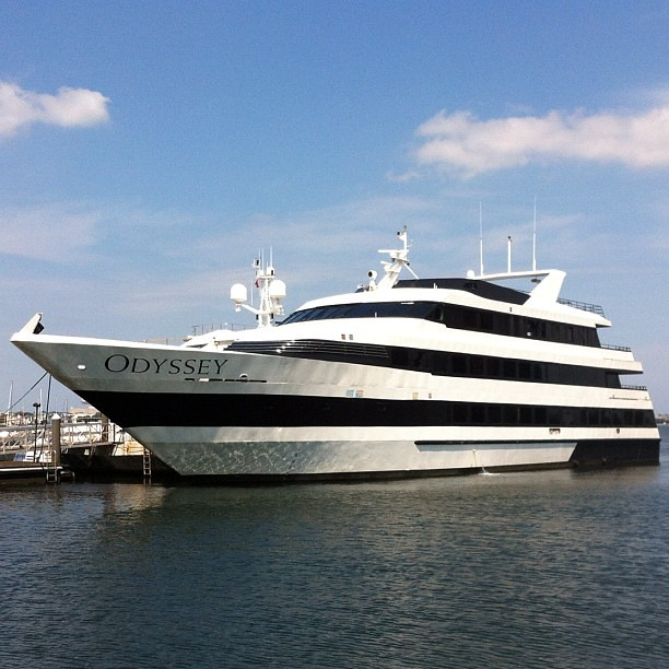 Seriously the largest private yacht i have ever seen the for Largest private boat