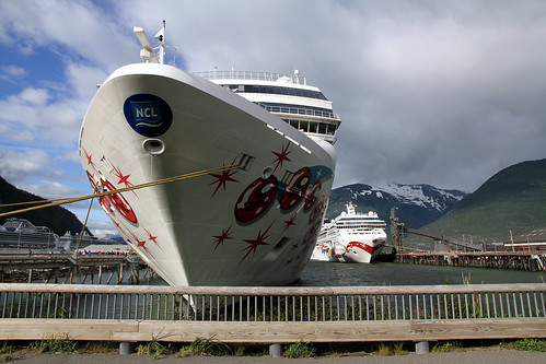 Norwegian Pearl - Best Berth in Skagway