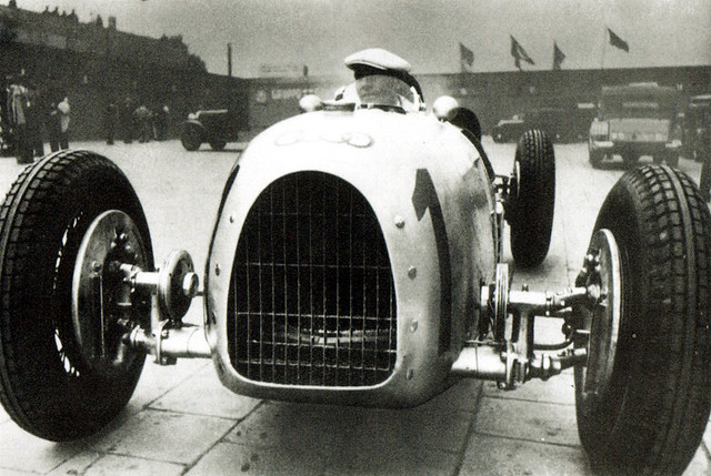 1934 Auto Union Typ A Hans Stuck at German Grand Prix 2