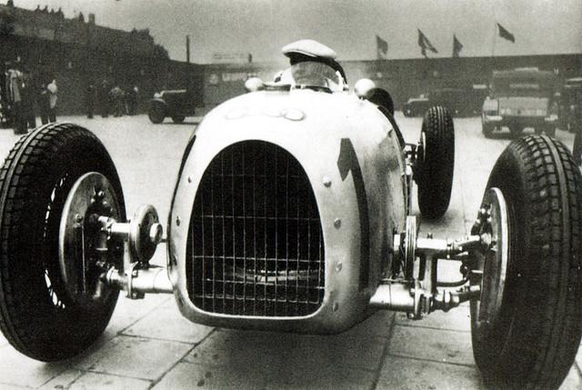 1934 Auto Union Typ A Hans Stuck at German Grand Prix 2
