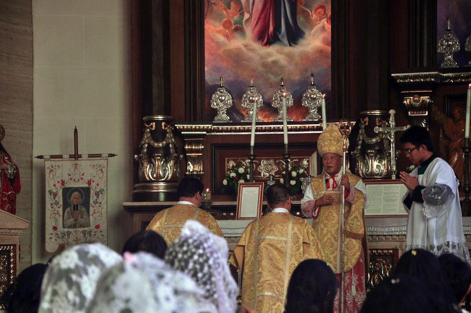 CATHOLICVS-Santa-Misa-Quezon-Holy-Mass-5
