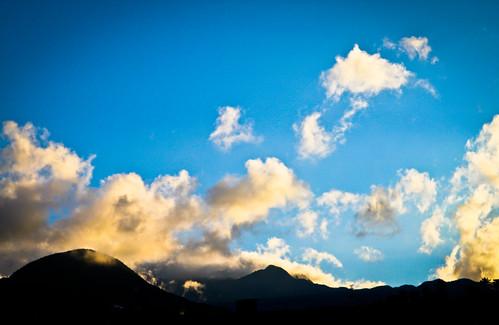 light sunset cloud cold spring horizon taiwan 台灣 宜蘭 coldspring suao 蘇澳 蘇澳冷泉