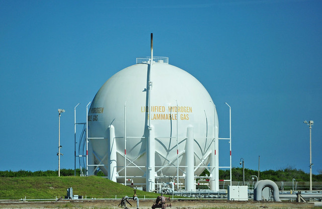 Liquid Hydrogen Tank At Cape Canaveral The Lc 39 Launch