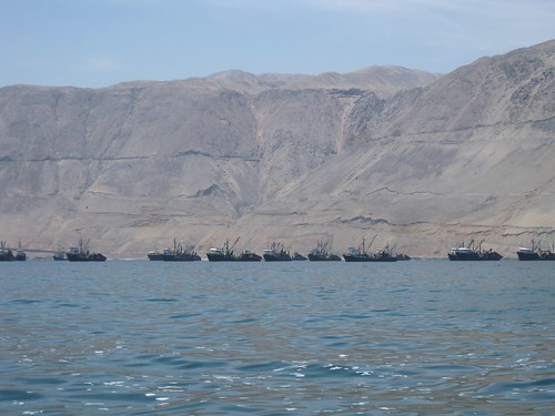 Naval ships in Iquique