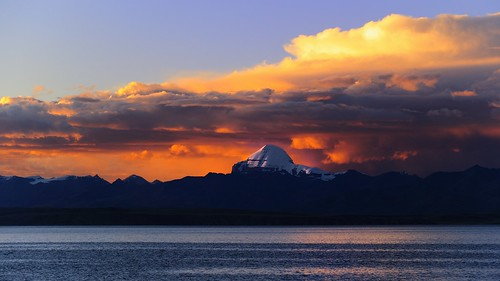 Mt Kailash or Ti Se snow mt, overlooking the Lake Manasarovar or  Mapham Yutso in sunset, Tibet
