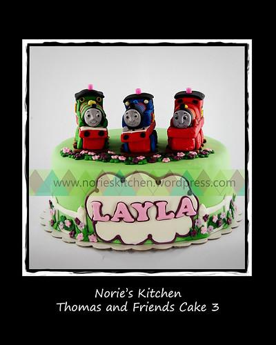 Norie's Kitchen - Thomas and Friends Cake 3 by Norie's Kitchen