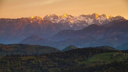 morning alps sunshine sunrise view hills slovenia slovenija gora kamnik limbarska