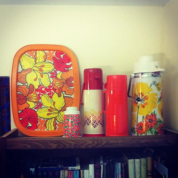 """do you like my vignette, honey?"" ""uhh, I've never seen a thermos vignette before...."" Haha! #vintage"
