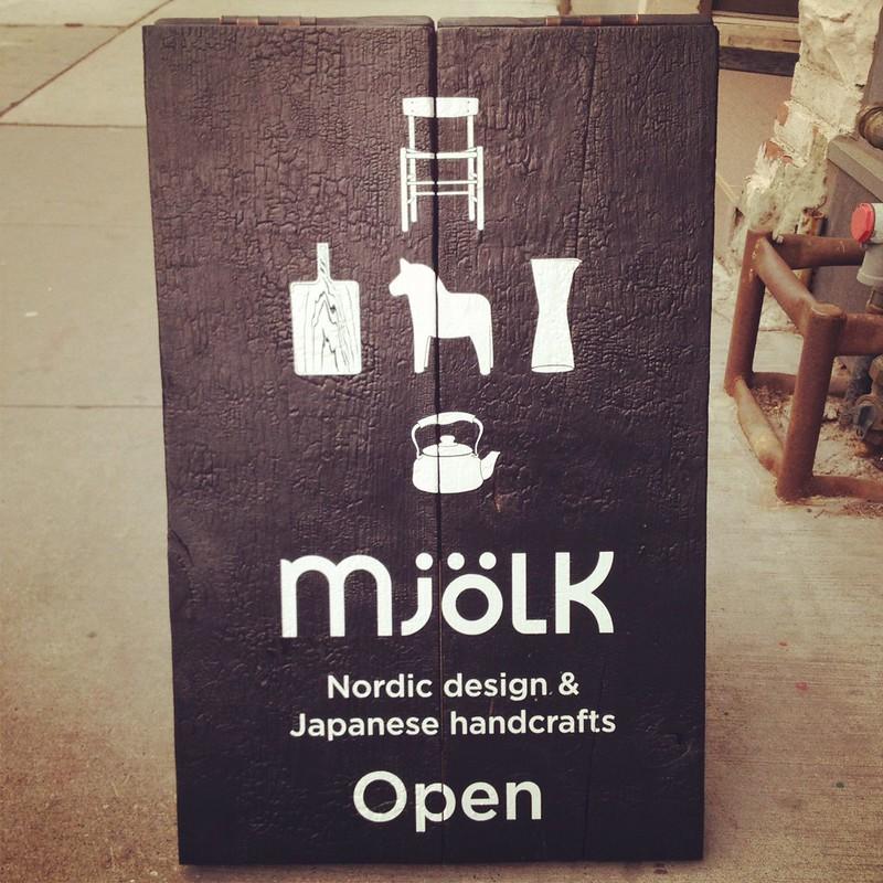 Mjölk sandwich board5