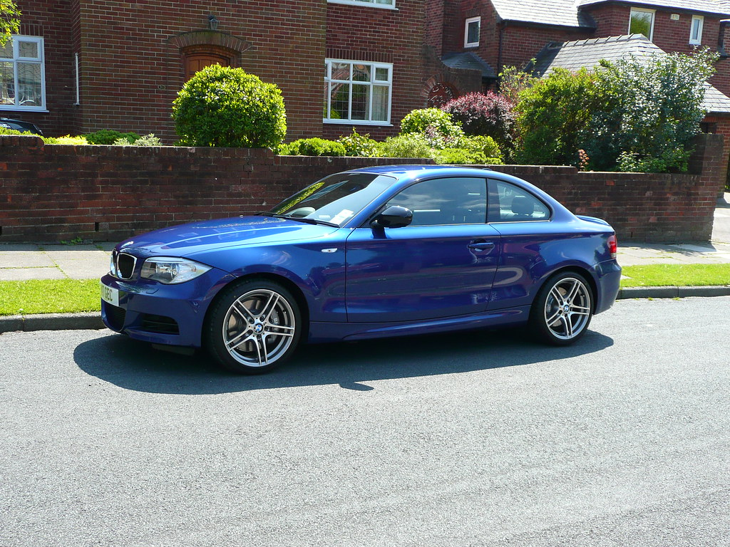 1st bmw 120d coupe sport plus le mans blue. Black Bedroom Furniture Sets. Home Design Ideas