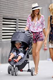 Miranda Kerr Clashing Prints Celebrity Style Women's Fashion