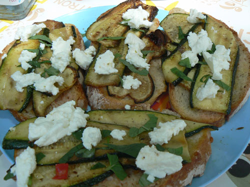 bruschette courgettes.jpg