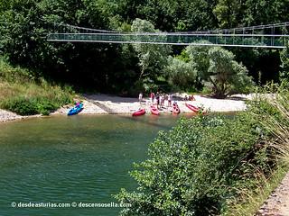 Bajar el río Sella en canoa