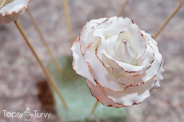 large-gumpaste-rose-bronze-edge