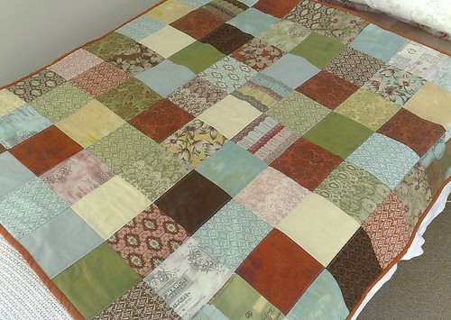 Curio Baby quilt by Blue Wren Stitching