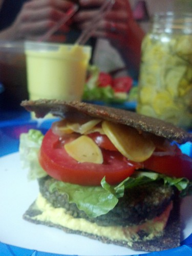 Raw dinner (burgers)