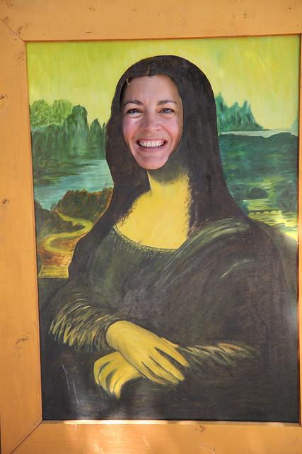 Mona Dana