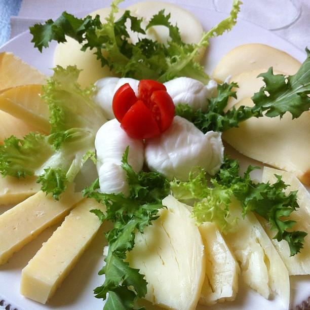 Gnam #gnambox #puglia #picoftheday #bio #food #foodporn #formaggi #itria #cisternino