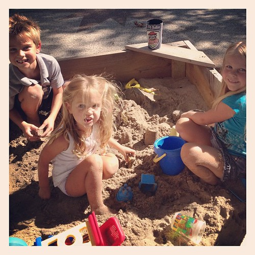 This sandbox is full of Crazies!
