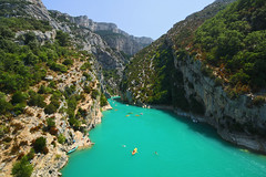 People enjoying the Gorges du Verdon