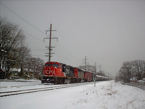 Westbound Canadian National freight train on a hold order.  Berwyn Illinois. December 2007. by Eddie from Chicago