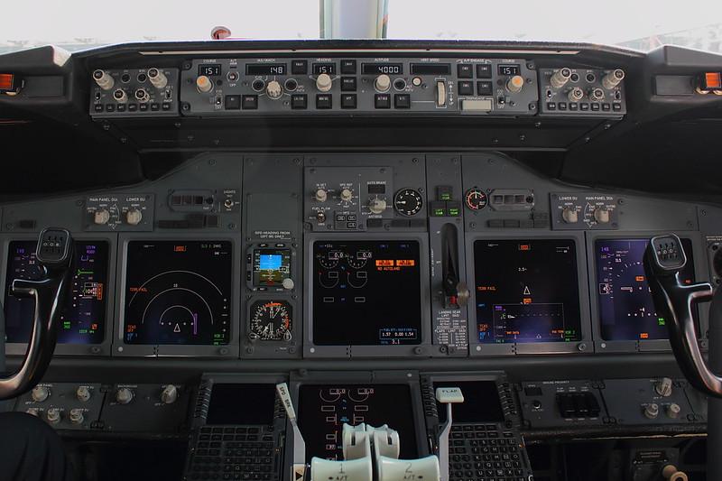 Cockpit D-ATUA