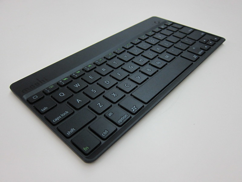Moshi VersaKeyboard for iPad Air - Bluetooth Keyboard