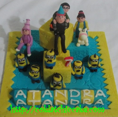 Miniature cake Despicable me