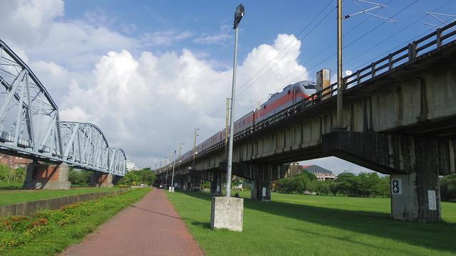 37-3-火車