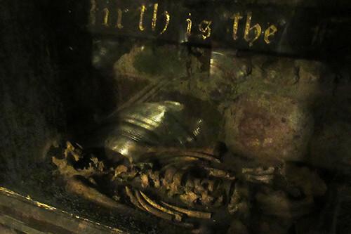 Skeleton Wells Tavern