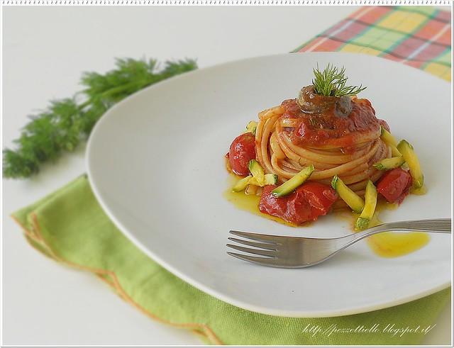 Linguine con alici in salsa piccante